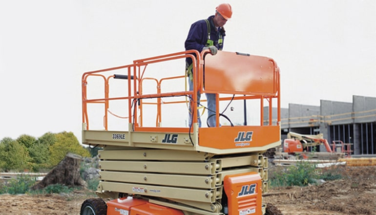 JLG 3369 LE Scissor Lift For Rent